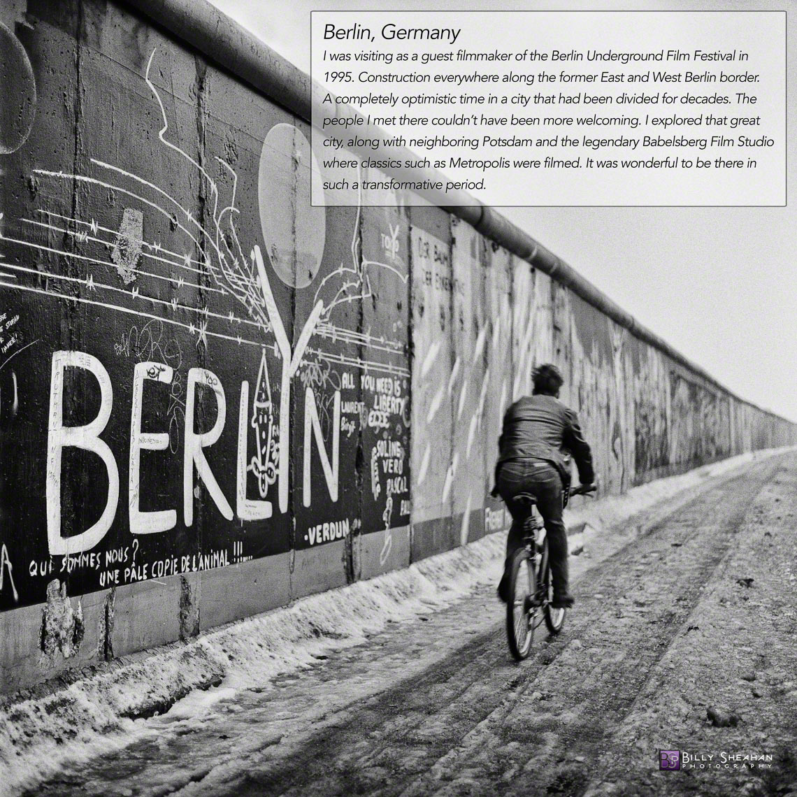 Bicyclist_at_Berlin_Wall__Germany_Germany-363_05_T_D