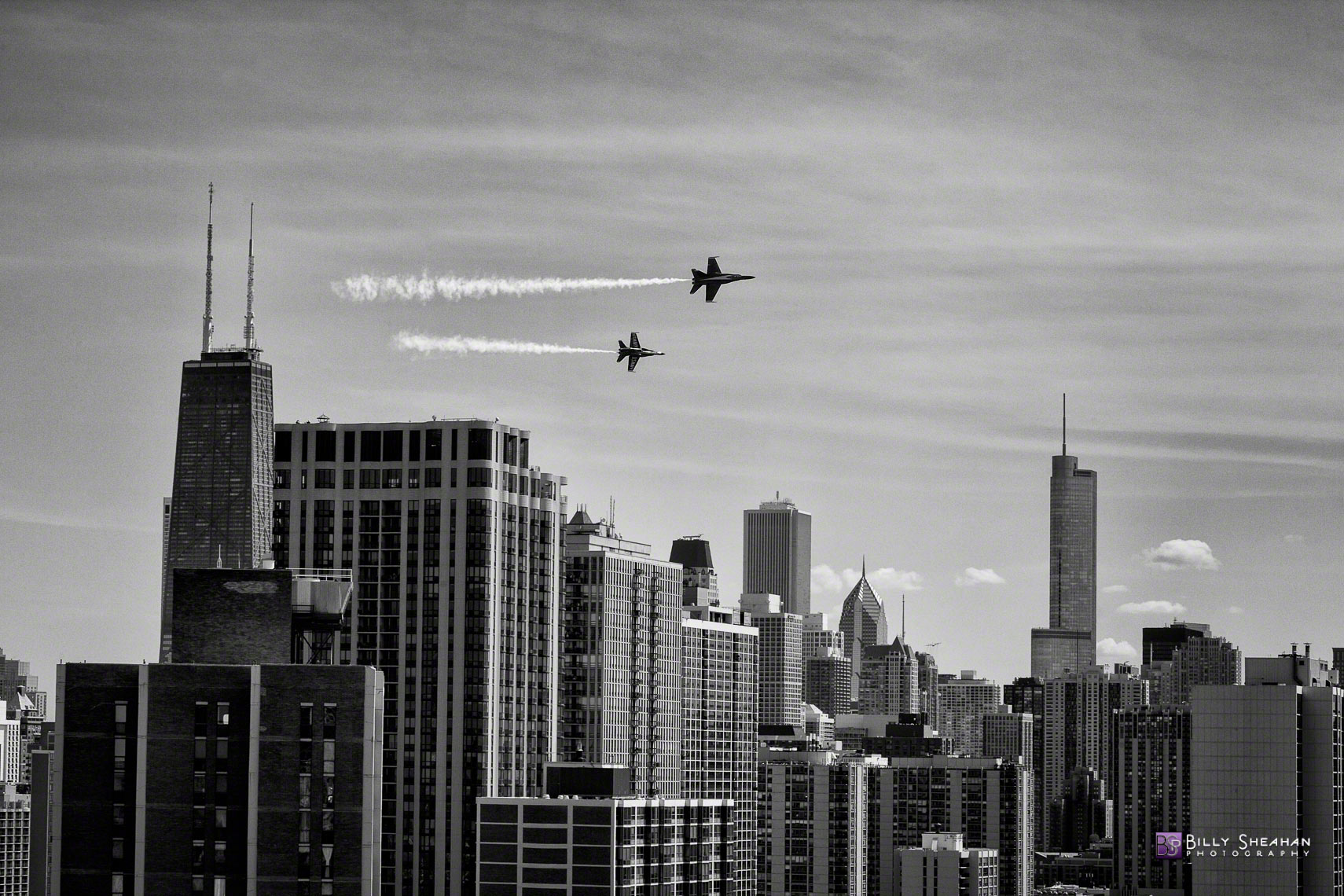 Blue_Angels_Over_Chicago_Chicago_AirShow_18Aug2012_0159_BW_D