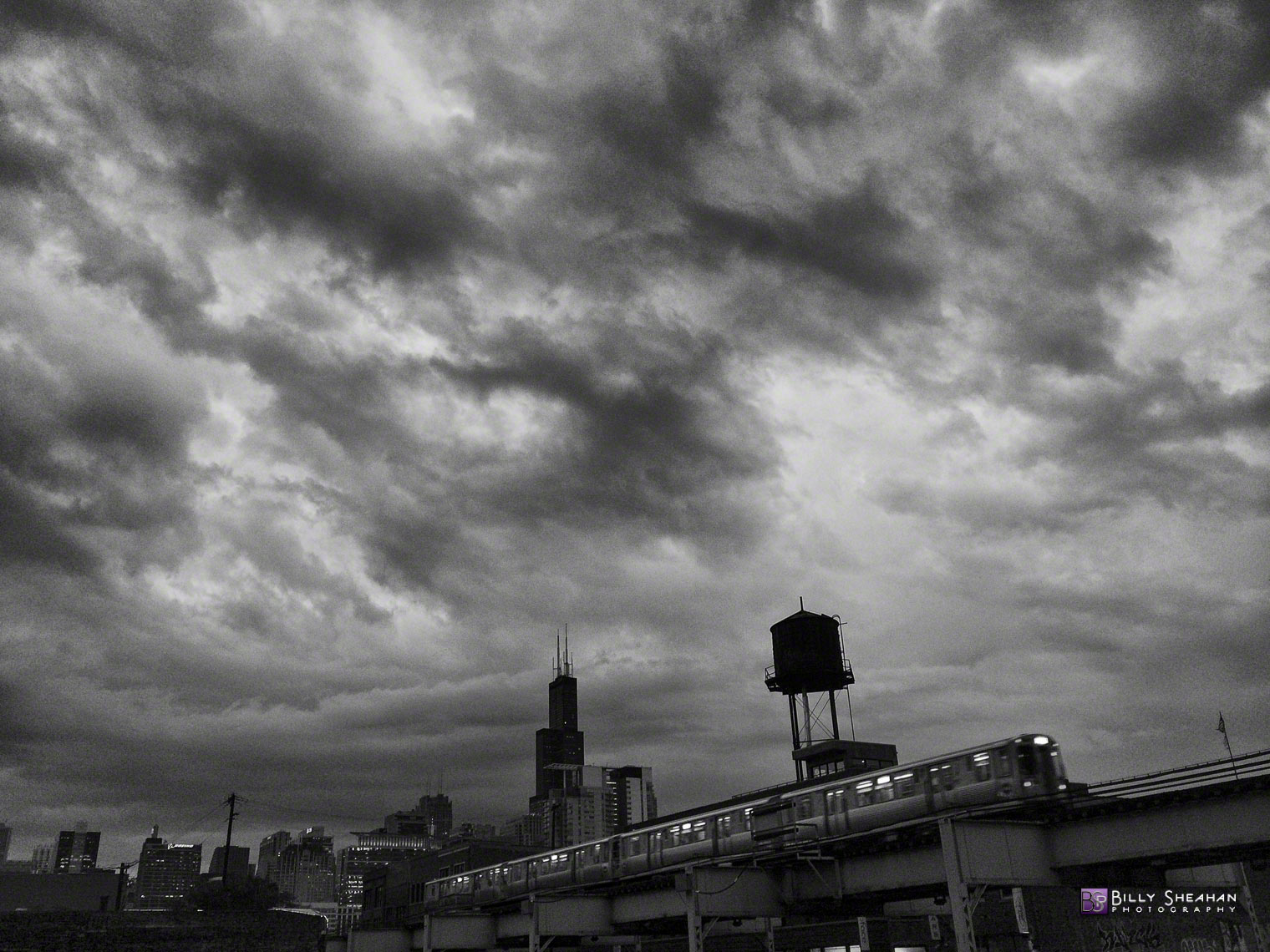 Clouds__Towers_and_L_Train_Chicago_2014-09-05_0044_BW_D