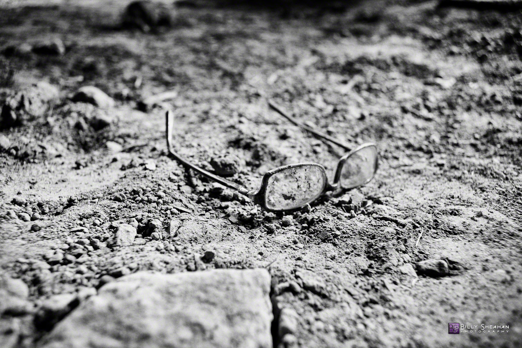 Eye_Glasses_New_Orleans_Lower_9th_Ward_NewOrleans_09Feb2009_0233_BW_D