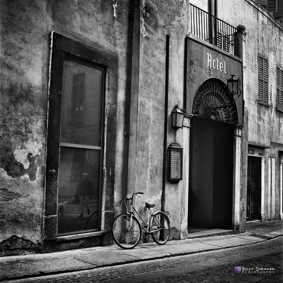 Hotel_and_Bicycle__Mantova__Italy_Italy-632_11_BW_D