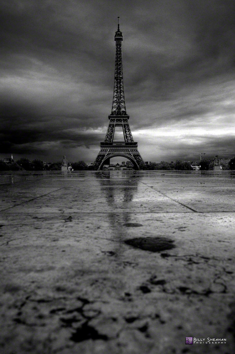 La_Tour_Eiffel_a_Place_de_Trocadero__Paris__France_Paris2008_24Apr2008_0331_2_3_BW_D