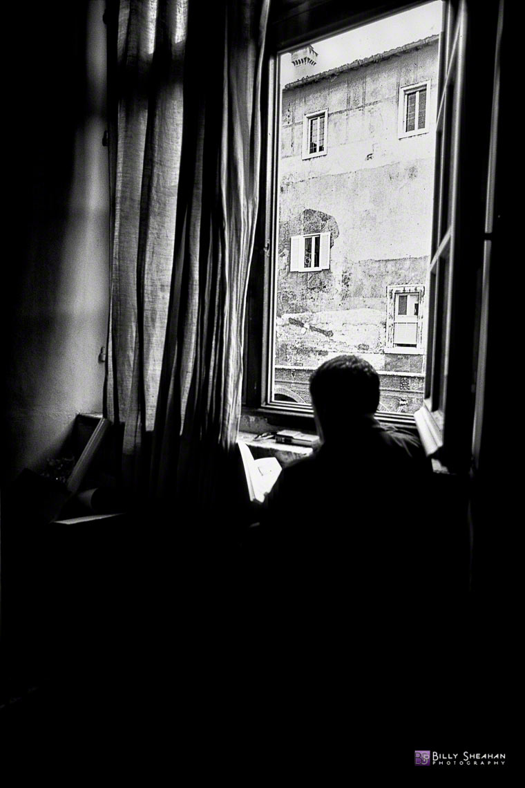 Man_Reading_Inside_Vatican__Vatican_City__Italy_Italy-130_28_BW_D