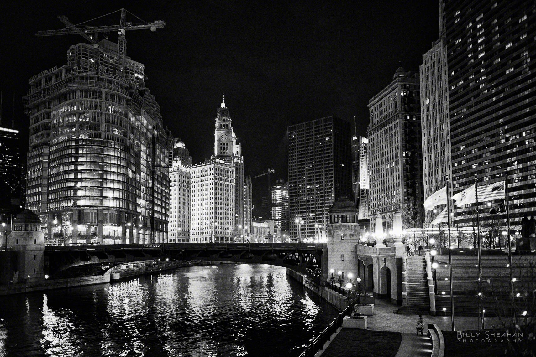 Trump_Tower_Construction_Wabash_St_Bridge_Chicago_26Nov2006_115_BW_D.jpg