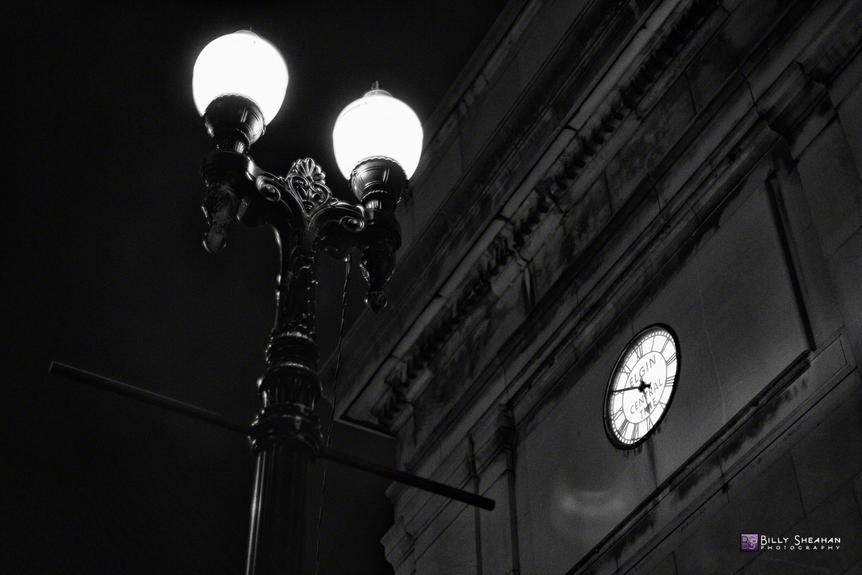 Union_Station_Chicago_Elgin_Clock_Chicago_28Oct2013_0007_BW_D