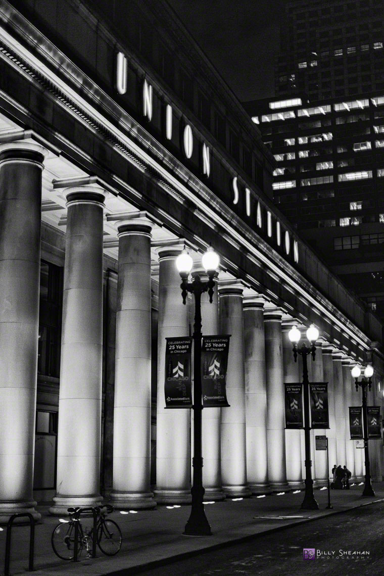 Union Station Chicago Lighted Columns